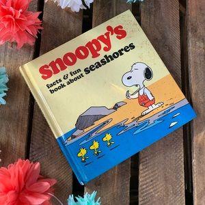 Vintage Snoopy's Seashores Kids  Book